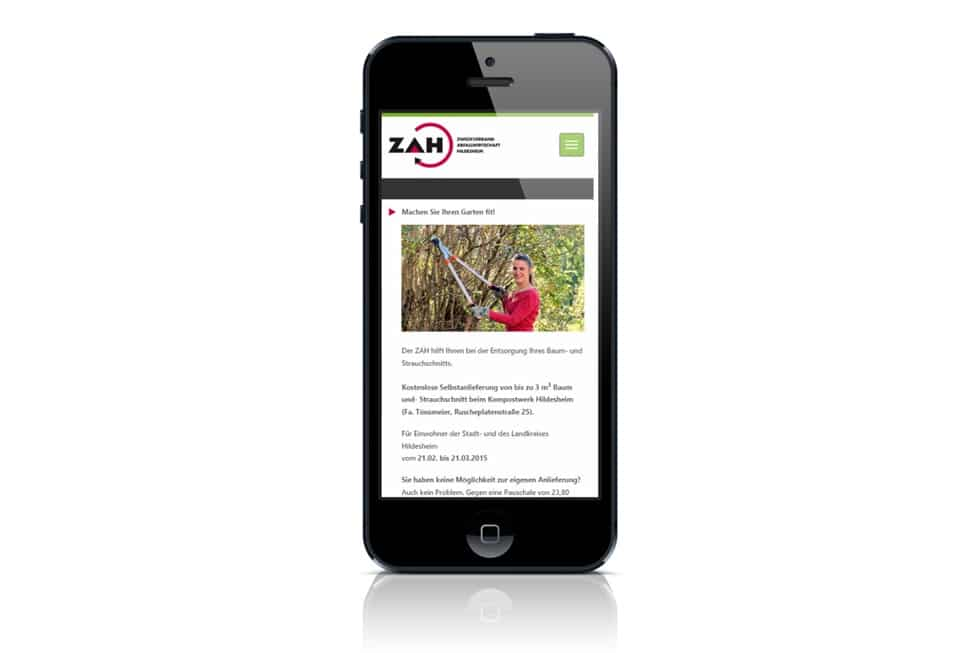 Die Startseite der ZAH Website auf dem iPhone